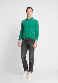 Marc O'Polo - LONG SLEEVE - Polo shirt - verdant green - 1