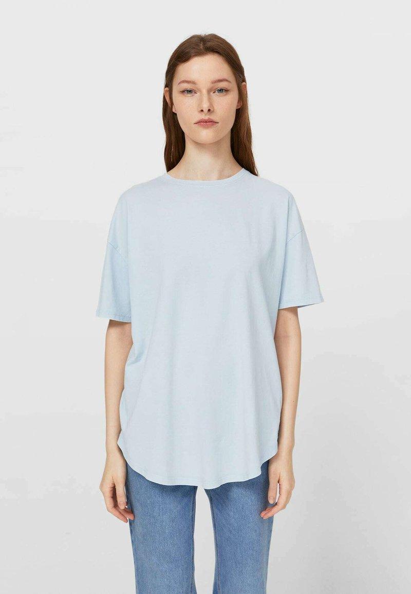 Stradivarius - Basic T-shirt - light blue