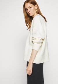 Filippa K - BEATRICE - Jumper - off-white - 4