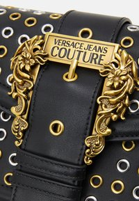 Versace Jeans Couture - SHOULDER BAG - Across body bag - nero - 6