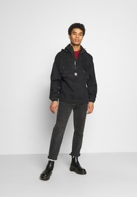 Karl Kani - RETRO WASHED  - Windbreaker - black - 1