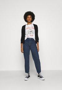 ONLY - ONLTROY LIFE CARROT - Jeans baggy - dark blue denim - 1