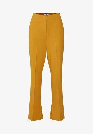 MIT WEITEM HOSENBEIN UND HOHER TAILLE - Bukser - mustard yellow