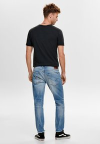 ONLY - ONMGREG - Slim fit jeans - light blue denim - 2