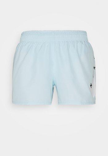 RUN SHORT - Pantaloncini sportivi - glacier blue