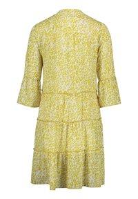 Cartoon - CASUA - Day dress - white/yellow - 3