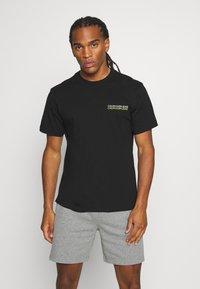 Calvin Klein Jeans - SKATER PHOTO NEON TEE - Print T-shirt - black - 0