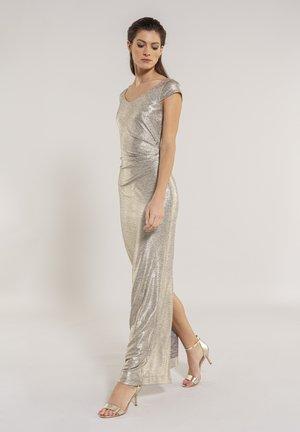 Maxi dress - gold