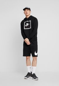 Nike Sportswear - CLUB - Shorts - black/white - 1