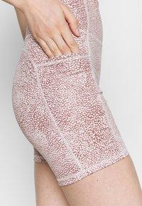 Cotton On Body - LIFESTYLE POCKET BIKE SHORT - Leggings - dusty rose - 5