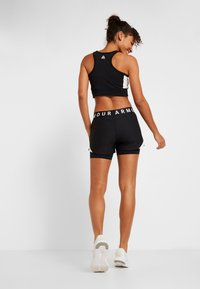 Under Armour - PLAY UP SHORTS - Sportovní kraťasy - black/white - 2