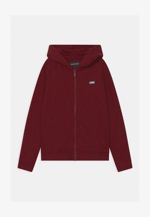 Zip-up hoodie - rubino
