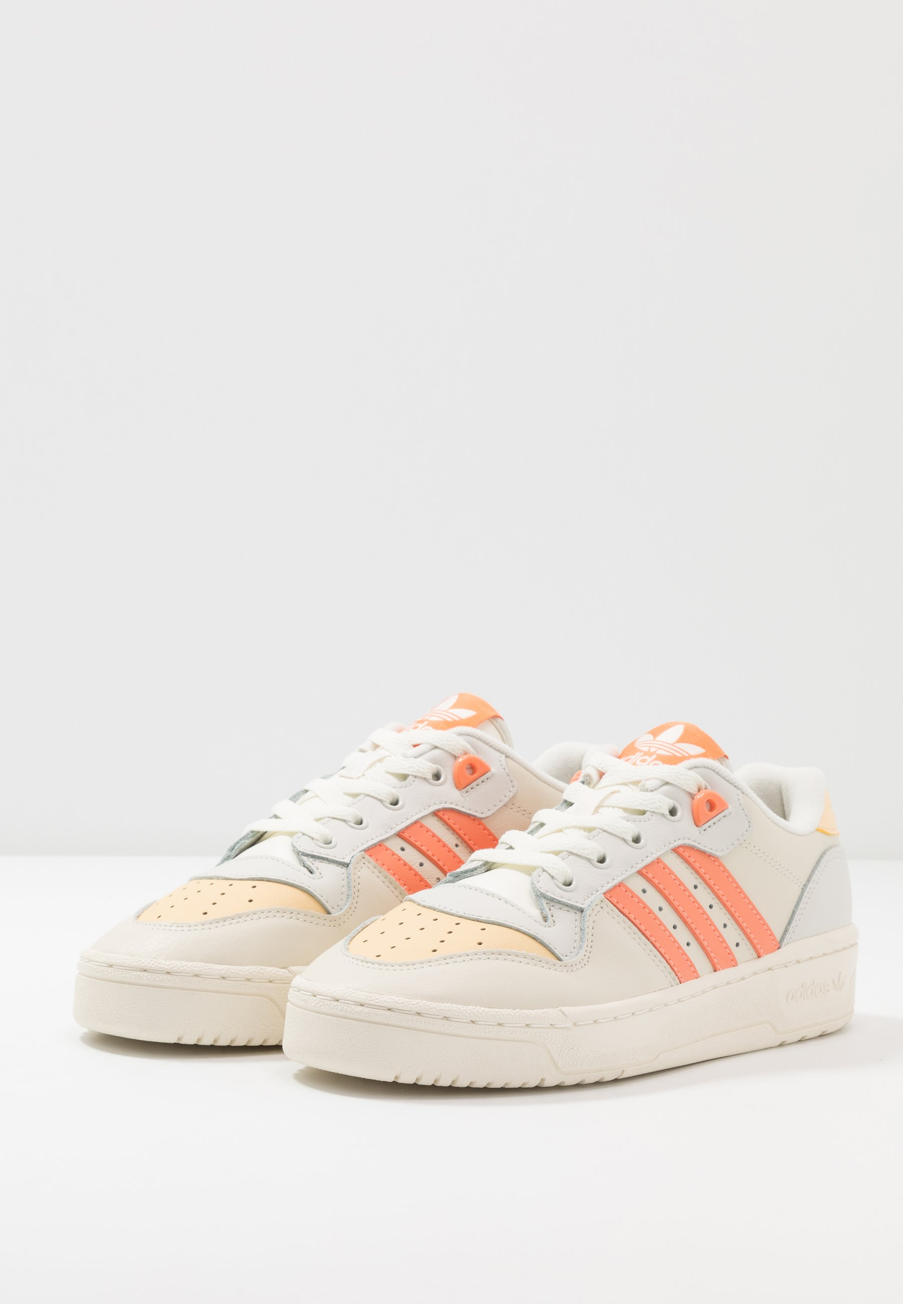 adidas Originals RIVALRY  Sneaker low offwhite/easy orange/orbit grey/weiß
