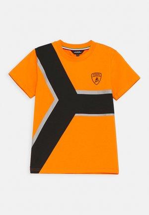 CONTRAST Y - T-shirts print - orange