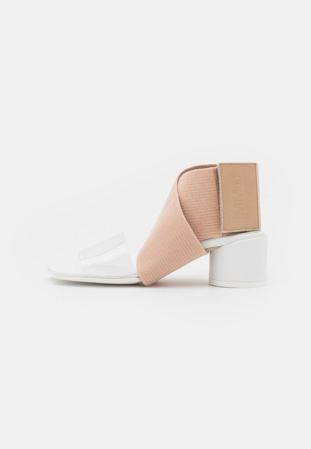 Ankle cuff sandals - nude/white