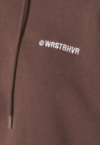 WRSTBHVR - FAITH HOODIE - Sweatshirt - choc - 2