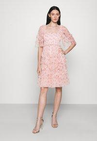 Needle & Thread - BIJOU ROSE MINI DRESS - Cocktailklänning - paris pink - 0