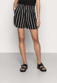 TOM TAILOR DENIM - Shorts - black/beige - 0