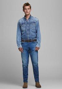 Jack & Jones - FRED ORIGINAL  - Straight leg jeans - blue denim - 1