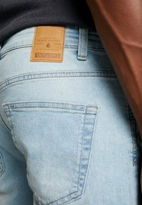 Only & Sons - ONSVPPLY - Szorty jeansowe - blue denim - 5