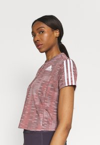 adidas Performance - TEE - Camiseta estampada - scarlet/white - 5