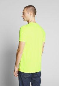 Ellesse - PRADO - Printtipaita - neon yellow - 2