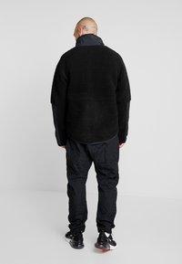 Nike Sportswear - WINTER - Let jakke / Sommerjakker - black/off noir - 2