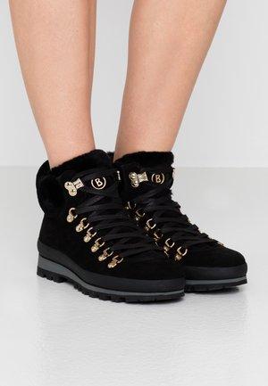 ST. ANTON - Zimní obuv - black