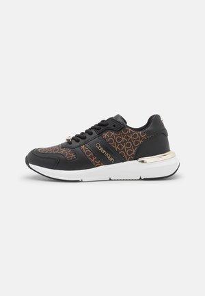 FLEXRUNNER  - Zapatillas - black/brown