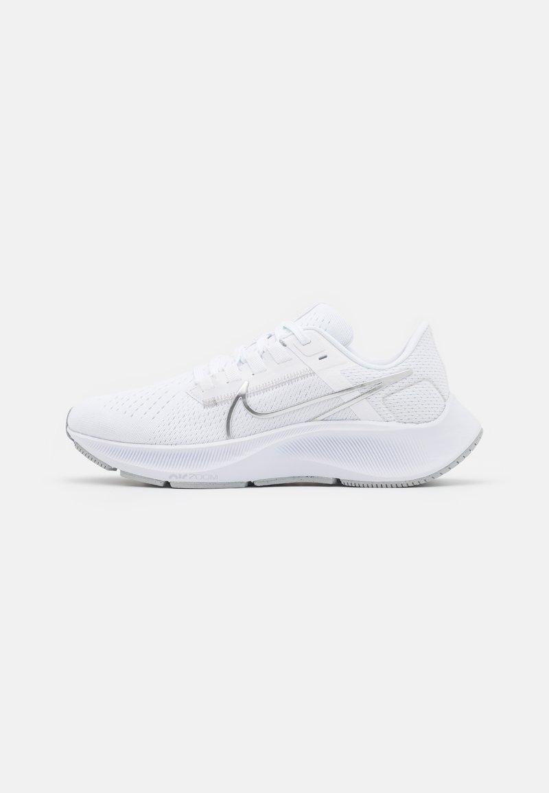 Nike Performance - AIR ZOOM PEGASUS 38 - Zapatillas de running neutras - white/metallic silver/pure platinum/wolf grey