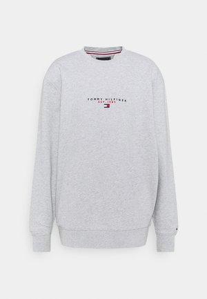 ESSENTIAL CREWNECK - Sweatshirt - medium grey heather