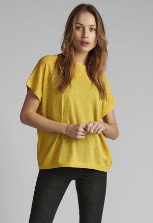 Basic T-shirt - snapdragon