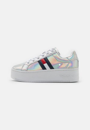 FULLY IRIDESCENT IRONIC - Trainers - silver