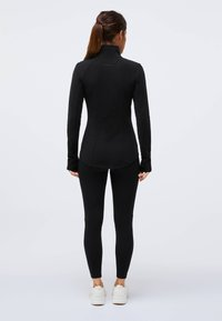 OYSHO - Soft shell jacket - black - 1