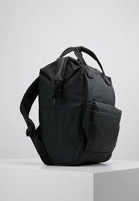 anello - MATT TOTE BACKPACK - Tagesrucksack - black - 3