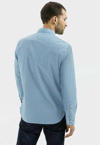 camel active - REGULAR FIT MIT LEICHTER STRUKTUR - Shirt - ocean blue - 2