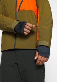 Quiksilver - CORDILLERA - Snowboard jacket - military olive - 3