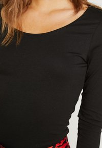 Vila - VIOFFICIEL  - Long sleeved top - black - 5