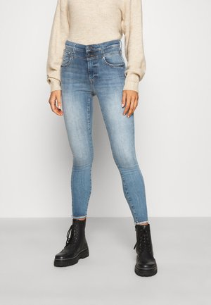 ONLCHRISSY RAW - Jeans Skinny Fit - light blue denim