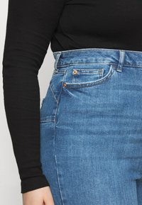 New Look Curves - Jeans Skinny Fit - mid blue - 5