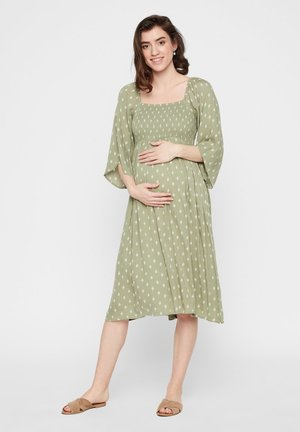 UMSTANDSKLEID BRUST SMOKDETAIL - Day dress - oil green