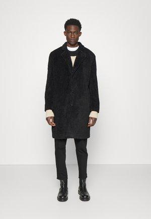 MERLON - Classic coat - black