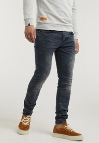 CHASIN' - NEW RAVEN - Slim fit jeans - dark blue - 0