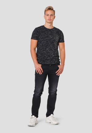Allistar  - T-shirt med print - black