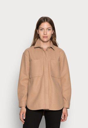 Lehká bunda - french clay beige
