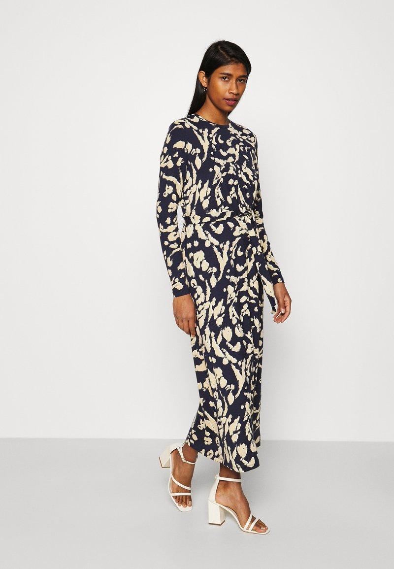 Vero Moda - VMNAVA DRESS - Day dress - navy blazer/hailey