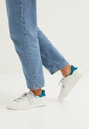 LACE UP x MISS GERMANY KOLLEKTION - Sneakers laag - turquoise