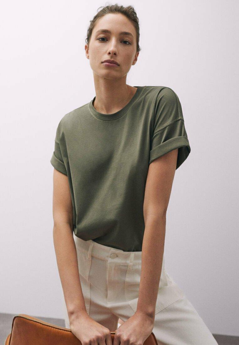 Massimo Dutti - T-shirt basique - khaki