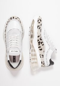 Bronx - BUBBLY - Sneakers laag - white/black - 3