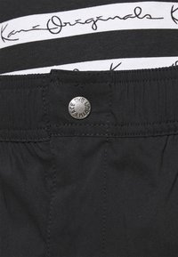 The North Face - PANT - Cargo trousers - black - 3